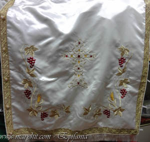 coatings , white , church, embroidery, cross tablecloth, tablecloth altar , clothing , taffeta